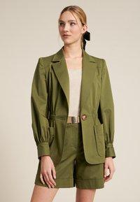 Luisa Spagnoli - VERMUT - Light jacket - verde militare - 3