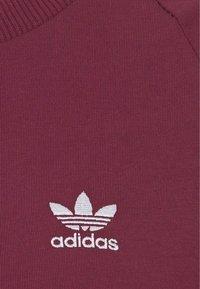 adidas Originals - STRIPES DRESS - Vestito di maglina - victory crimson - 8