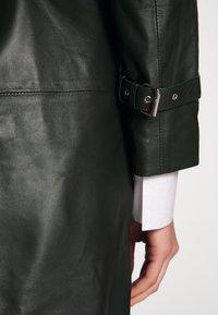 STUDIO ID - JENNI  - Trenchcoat - green - 3