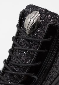 Kurt Geiger London - JACOBS - Sneakersy wysokie - black - 5