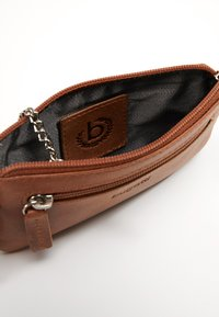 Bugatti - VOLO KEY CASE - Key holder - cognac/cognac - 2