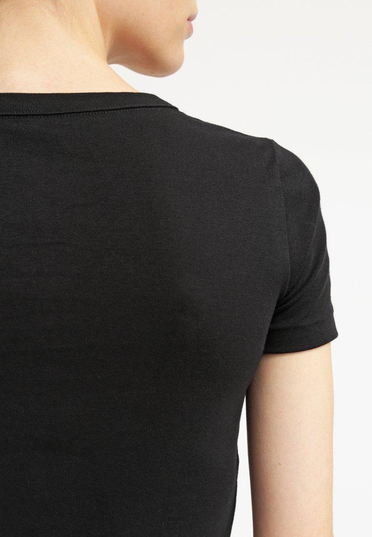 Petit Bateau T-shirts - Noir/svart