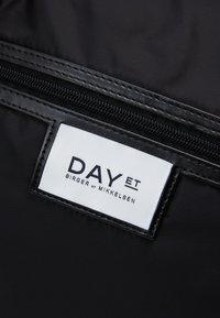 DAY ET - GWENETH WEEKEND - Weekend bag - black - 2
