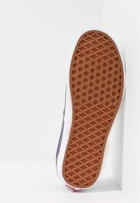 Vans - AUTHENTIC - Trainers - violet indigo/true white - 4