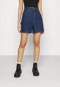 Lee - STELLA - Denim shorts - rinsed denim - 0