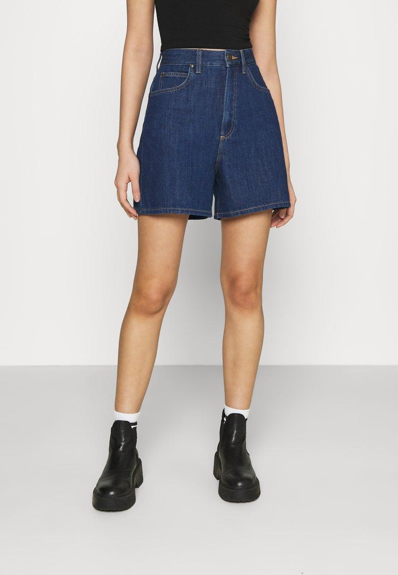 Lee - STELLA - Denim shorts - rinsed denim