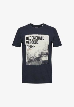 PIQUÈ - Print T-shirt - navy