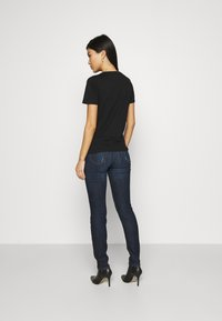Guess - 1981 SKINNY - Jeans Skinny Fit - kindly paradise - 2