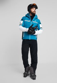 Dare 2B - OUTSHOUT JACKET - Ski jas - ocean depths - 1