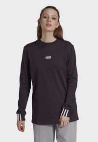 adidas Originals - R.Y.V. SPORTS INSPIRED LONG SLEEVE T-SHIRT - Topper langermet - noble purple - 0