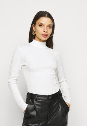 HIGH NECK  - Strickpullover - white