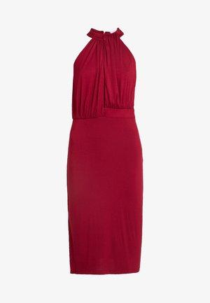 HALTER NECK PLUNGE MIDI DRESS - Pouzdrové šaty - burgundy