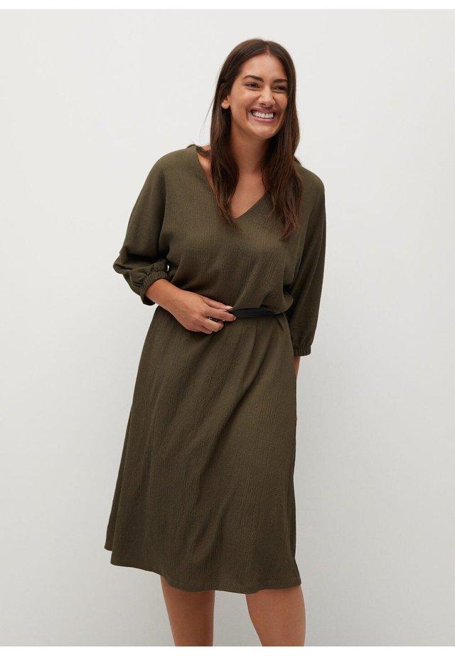 BROWNIE - Korte jurk - khaki