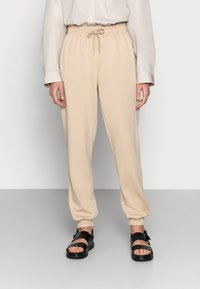 Soft Rebels - CARA PANT - Tracksuit bottoms - white pepper - 0