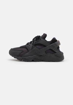 HUARACHE - Sneakersy niskie - black/anthracite