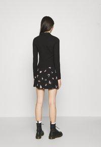 Gina Tricot - POPPY - Polo shirt - black - 2