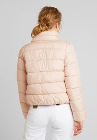 ONLY - ONLCAMMIE QUILTED JACKET - Light jacket - cameo rose - 2
