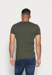 Levi's® - SLIM CREWNECK 2 PACK - T-shirt - bas - deep depths/blues - 2