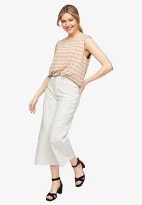comma - Top - beige stripes - 3