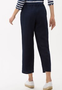 BRAX - STYLE MAINE S - Trousers - navy - 2