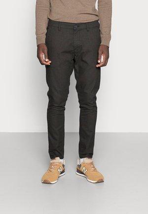Chino - dark brown