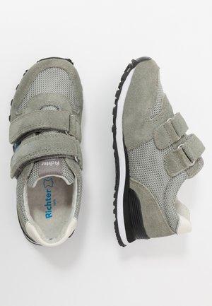 Zapatillas - rock/blue/white
