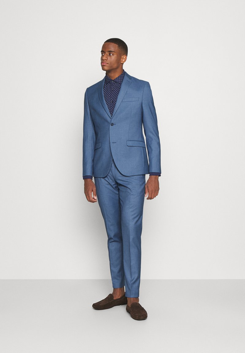 Isaac Dewhirst - THE FASHION SUIT NOTCH - Puku - blue