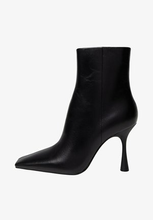 MODE - Ankle boots - black