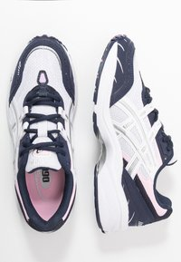 ASICS SportStyle - GEL-1090 - Sneakers - white/pure silver - 3