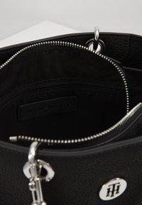 Tommy Hilfiger - CORE SATCHEL - Handbag - black - 5