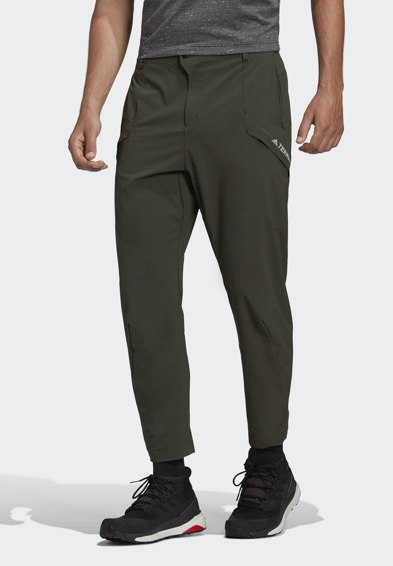 adidas Performance - TERREX HIKE TROUSERS - Friluftsbukser - green