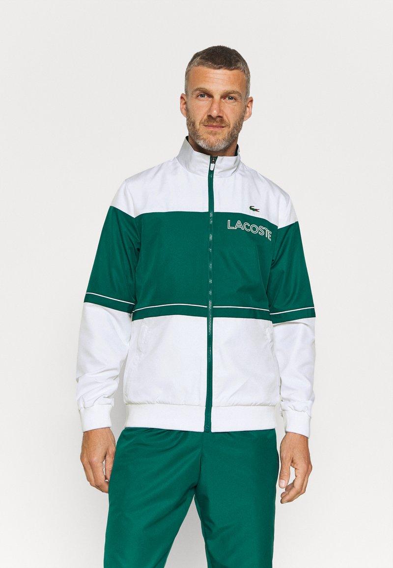 Lacoste Sport - TRACK SUIT - Verryttelypuku - bottle green/white