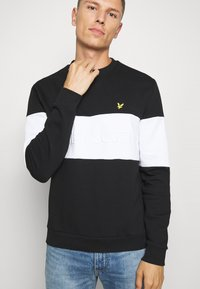 Lyle & Scott - LOGO - Sweatshirt - jet black - 4