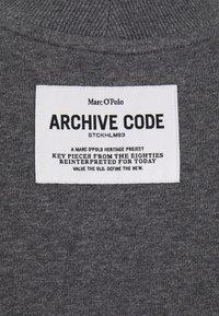 Marc O'Polo - OVERSIZED, LONG SLEEVE, HIGH NECK, PLACED PRINT - Sweatshirt - middle stone melange - 2