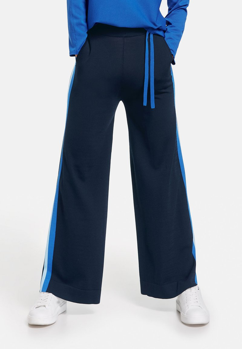 Gerry Weber - Tracksuit bottoms - dark navy