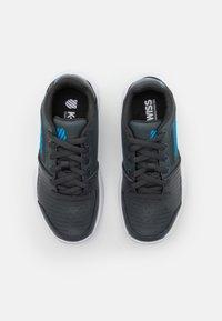 K-SWISS - COURT EXPRESS OMNI UNISEX - Multicourt tennis shoes - dark shadow/white/swedish blue - 3