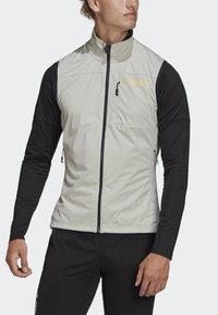 adidas Performance - TERREX AGRAVIC XC - Waistcoat - grey - 5