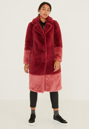 COLOUR BLOCKED FAUX FUR  - Classic coat - pink