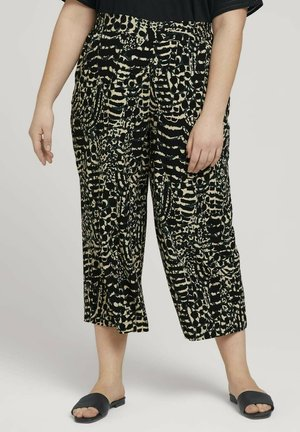RELAXED - Trousers - resort design