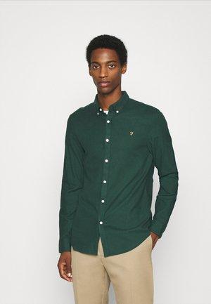 MINSHELL SOL - Overhemd - emerald green