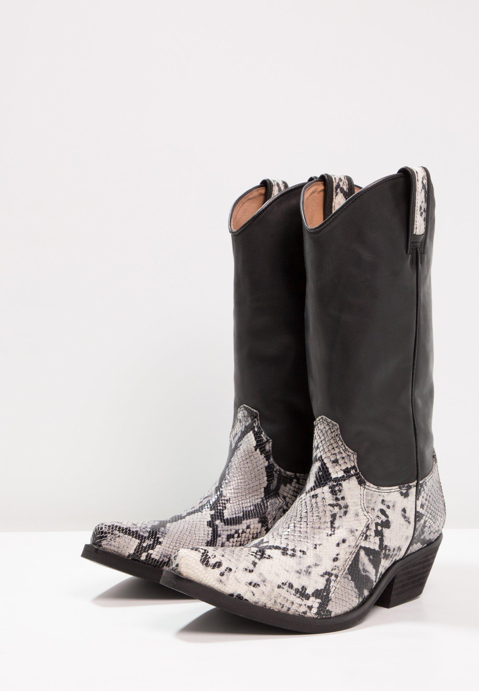 Nuovi stili Scarpe da uomo Kentucky's Western Stivali texani / biker tahore arce