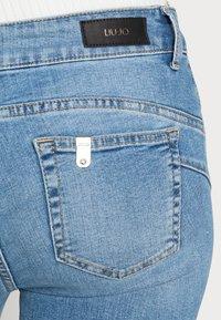 Liu Jo Jeans - UP FABULOUS - Jeans Skinny Fit - denim blue clear vibes - 4