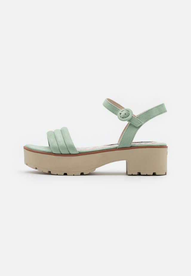CURIE - Sandalen met plateauzool - menta