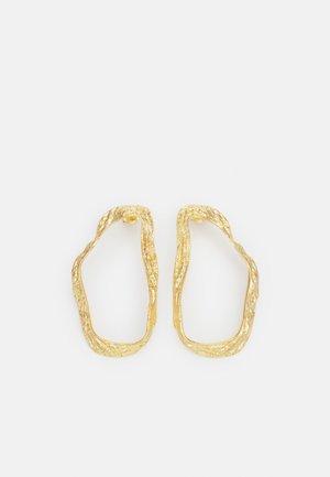 IRREGULAR TEXTURED EARRINGS - Korvakorut - gold-coloured