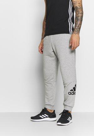 MUST HAVES SPORT TAPERED SWEAT PANT - Verryttelyhousut - grey