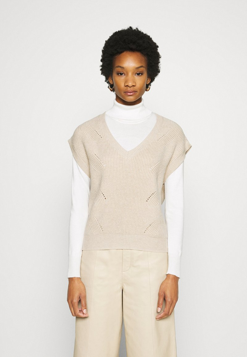 Moss Copenhagen - ENITA VEST - Print T-shirt - oatmeal