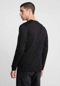Vans - LEFT CHEST HIT - Bluzka z długim rękawem - black/white - 2