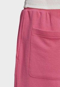 adidas Originals - CUFFED  - Pantalones deportivos - sesopk - 7
