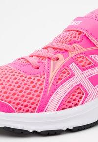 ASICS - JOLT 2 - Zapatillas de running neutras - hot pink/white - 5