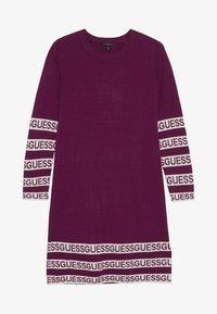 Guess - JUNIOR DRESS - Sukienka dzianinowa - baies sauvages - 2